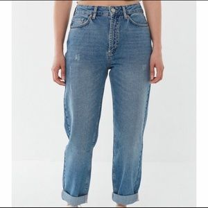 NWT Urban Outiftters Mom Jeans